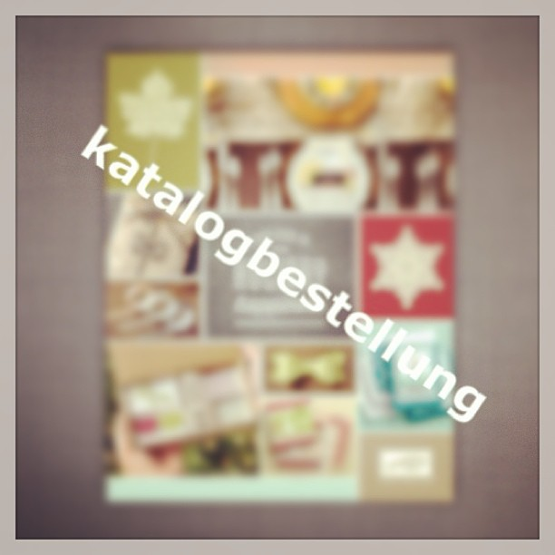 Sende Deine Katalogbestellung an heikeskartenwerkstatt@googlemail.com